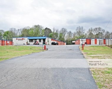 Storage Units for Rent available at 4565 Lynch Street Ext, Jackson, MS 39209 Photo Gallery 1