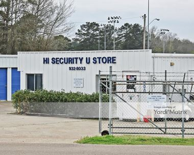 Storage Units for Rent available at 600 Industrial Drive, Richland, MS 39218 Photo Gallery 1
