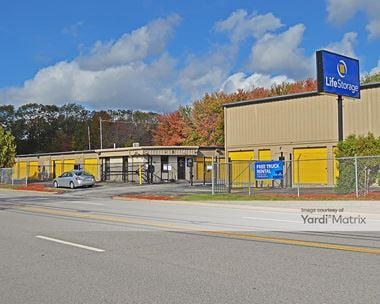Storage Units for Rent available at 5 James P Murphy Indusrial Hwy, West Warwick, RI 02893