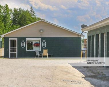 Storage Units for Rent available at 4647 East State Road 67, Chesterfield, IN 46017