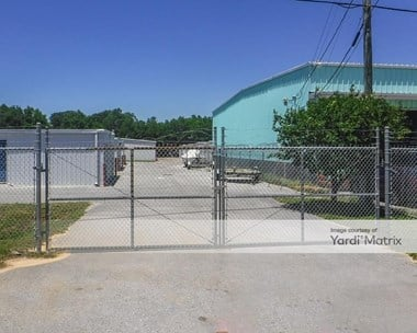 Storage Units for Rent available at 99 Lovejoy Road NW, Fort Walton Beach, FL 32548 Photo Gallery 1