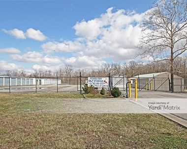 Storage Units for Rent available at 633 North Lynhurst Drive, Indianapolis, IN 46224 Photo Gallery 1