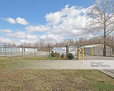 Storage Units for Rent available at 633 North Lynhurst Drive, Indianapolis, IN 46224