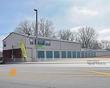 Storage Units for Rent available at 739 U.S. 31 South, Greenwood, IN 46143