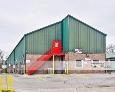 Storage Units for Rent available at 3413 Collins Lane, Louisville, KY 40245 Photo Gallery 1