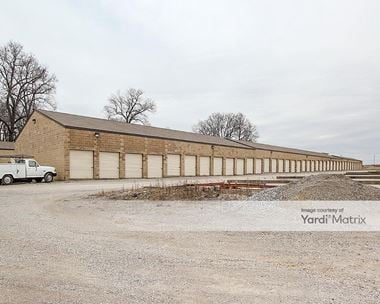 Storage Units for Rent available at 601 Robinbrooke Blvd, Elizabethtown, KY 42701 Photo Gallery 1