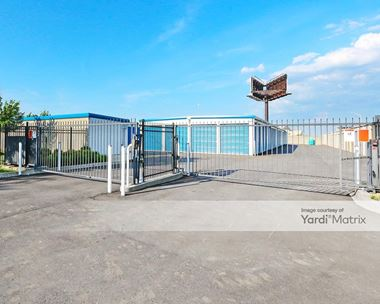 Storage Units for Rent available at 3120 Preston Hwy, Louisville, KY 40213 Photo Gallery 1
