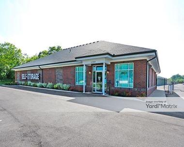 Storage Units for Rent available at 11720 Dixie Hwy, Louisville, KY 40272