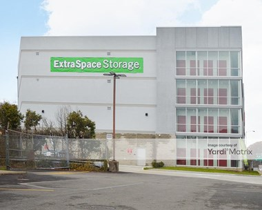 Image for Extra Space Storage - 880 Saw Mill Run Blvd, PA