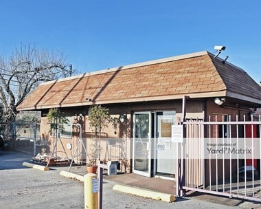 Storage Units for Rent available at 300 Owen Lane, Waco, TX 76710 Photo Gallery 1