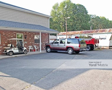 Storage Units for Rent available at 1400 New Britain Avenue, Farmington, CT 06403 Photo Gallery 1