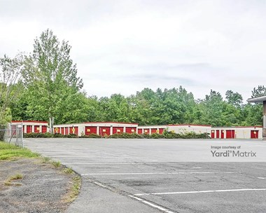 Storage Units for Rent available at 522 Cottage Grove Road, Bloomfield, CT 06002 Photo Gallery 1