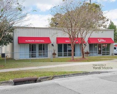 Storage Units for Rent available at 1230 South 15th Street, Wilmington, NC 28409
