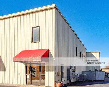 Storage Units for Rent available at 790 North Dixie Avenue, Elizabethtown, KY 42701 Photo Gallery 1