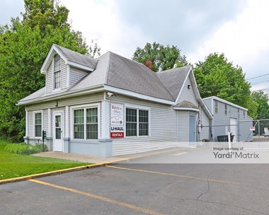 Storage Units for Rent available at 1505 Grantline Road, New Albany, IN 47150 Photo Gallery 1