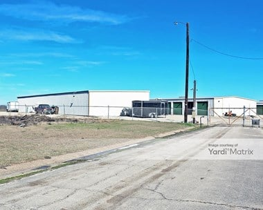 Storage Units for Rent available at 4216 Highway 6 North, Waco, TX 76712 Photo Gallery 1