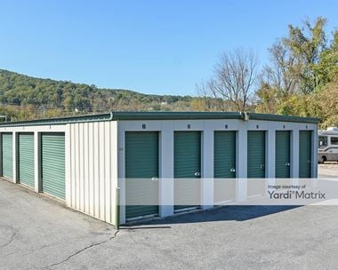 Storage Units for Rent available at 1022 Hellertown Road, Bethlehem, PA 18015
