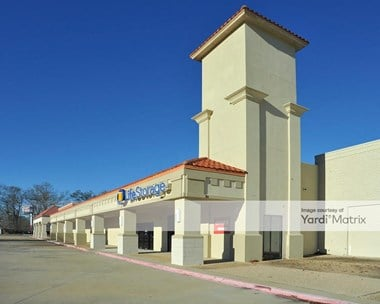 Storage Units for Rent available at 1131 Millerville Road, Baton Rouge, LA 70816 Photo Gallery 1