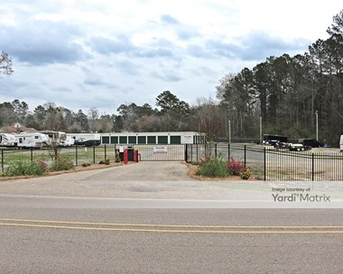 Storage Units for Rent available at 842 Luckney Road, Brandon, MS 39047 Photo Gallery 1