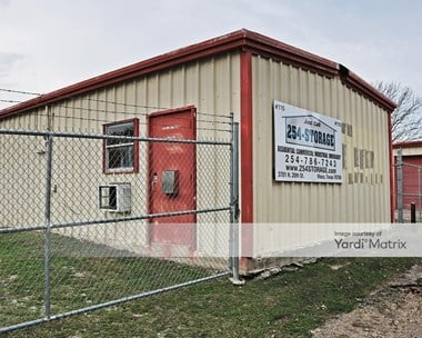 Storage Units for Rent available at 3701 North 20th, Waco, TX 76708 Photo Gallery 1