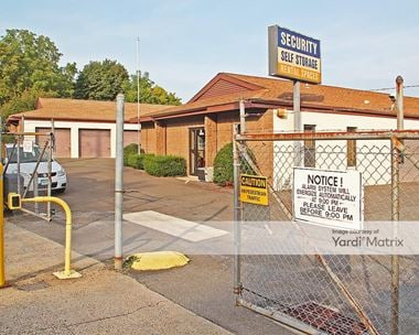 Storage Units for Rent available at 73 Chamberlain Hwy, Meriden, CT 06451