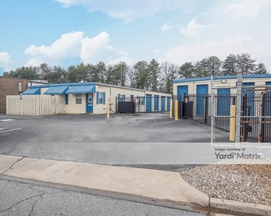 Storage Units for Rent available at 25 Airview Drive, Greenville, SC 29607 Photo Gallery 1