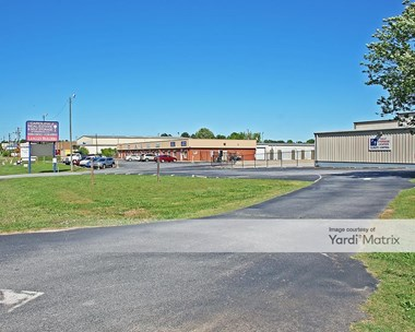 Storage Units for Rent available at 2418 Highway 72 East, Greenwood, SC 29649 Photo Gallery 1