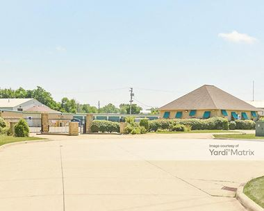 Storage Units for Rent available at 4141 Palmetto Drive, Willoughby, OH 44094