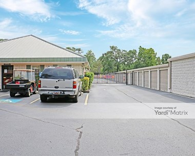 Storage Units for Rent available at 5 Yacht Cove Drive, Hilton Head Island, SC 29928 Photo Gallery 1