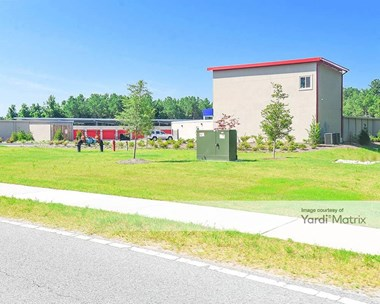 Storage Units for Rent available at 96 Veterans Memorial Pkwy, Richmond Hill, GA 31324 Photo Gallery 1