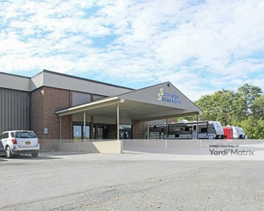 Storage Units for Rent available at 590 Columbia Turnpike, East Greenbush, NY 12061 Photo Gallery 1