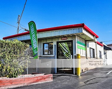 Storage Units for Rent available at 1025 Central Avenue, Albany, NY 12205 Photo Gallery 1