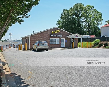 Storage Units for Rent available at 2601 Anderson Road, Greenville, SC 29611 Photo Gallery 1