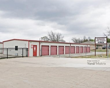 Storage Units for Rent available at 710 West Oak Street, Skiatook, OK 74070 Photo Gallery 1