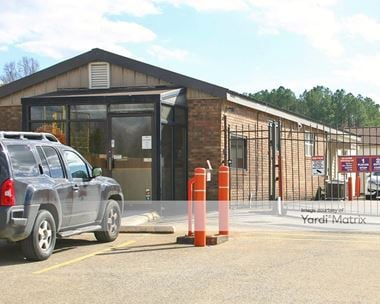 Storage Units for Rent available at 7822 East Brainerd Road, Chattanooga, TN 37421