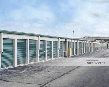 Storage Units for Rent available at 2208 Contractors Way, Fort Wayne, IN 46818 Photo Gallery 1