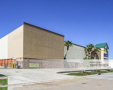 Storage Units for Rent available at 4320 Hessmer Avenue, Metairie, LA 70002