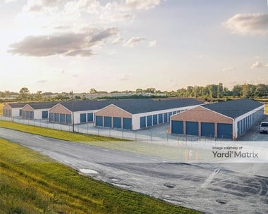 Storage Units for Rent available at 8252 Avenue Road, Perrysburg, OH 43551 Photo Gallery 1