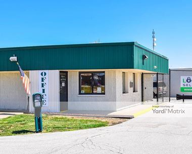 Storage Units for Rent available at 27533 Helen Drive, Perrysburg, OH 43551