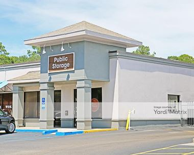 Storage Units for Rent available at 55 Mathews Drive, Hilton Head Island, SC 29926