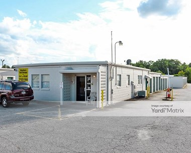 Storage Units for Rent available at 6165 Veterans Pkwy, Columbus, GA 31909 Photo Gallery 1
