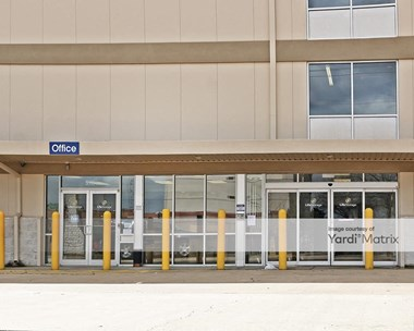 Storage Units for Rent available at 5111 I-55 North, Jackson, MS 39206 Photo Gallery 1