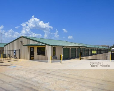 Storage Units for Rent available at 8282 East Oak Knoll, Wichita, KS 67207 Photo Gallery 1
