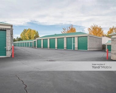 Storage Units for Rent available at 3925 SW 25th Place, Redmond, OR 97756 Photo Gallery 1