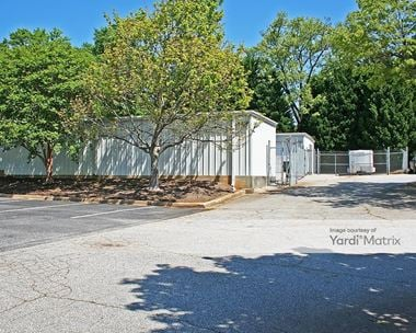 Storage Units for Rent available at 2107 Laurens Road, Greenville, SC 29607 Photo Gallery 1