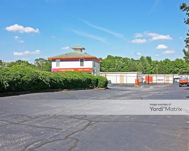 Storage Units for Rent available at 114 North Main Street, Mauldin, SC 29662 Photo Gallery 1