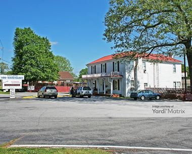 Storage Units for Rent available at 221 West Main Street, Taylors, SC 29687 Photo Gallery 1