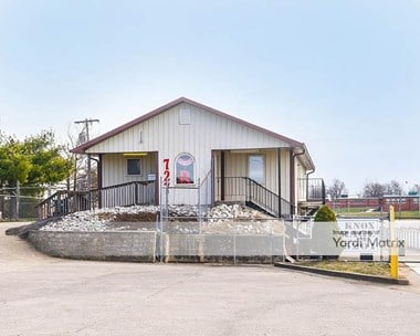 Storage Units for Rent available at 727 North 3rd Street, Richmond, KY 40475 Photo Gallery 1