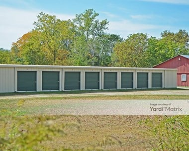 Storage Units for Rent available at 579 Five Mile River Road, Putnam, CT 06260 Photo Gallery 1