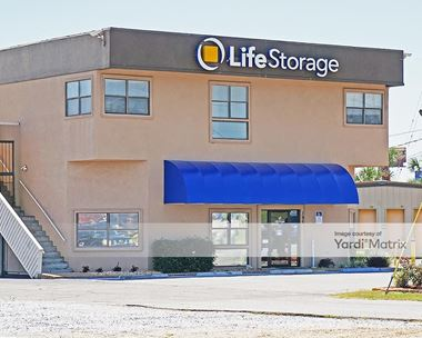 Storage Units for Rent available at 195 East Fairfield Drive, Pensacola, FL 32503